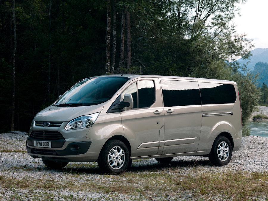 Минивэн Ford Torneo Custom фото