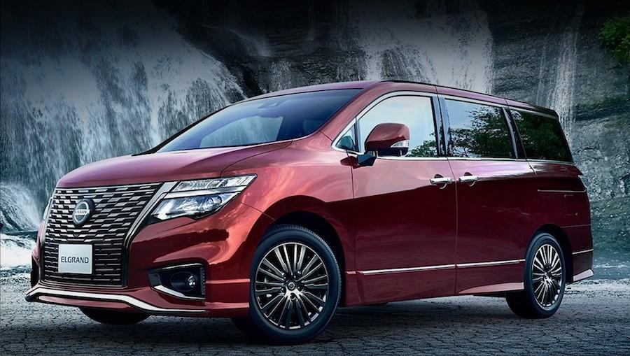 Минивэн Nissan Elgrand фото